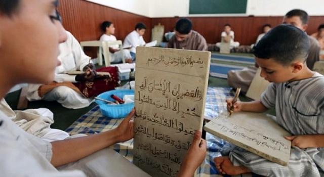 Cezayir'in ikili eğitim sisteminde Kur'an öğretimi zayıflıyor