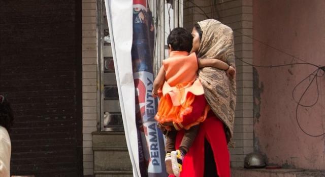 Hindistan'da tahliyeler sonrası evsiz kalan Müslümanların dramı sürüyor