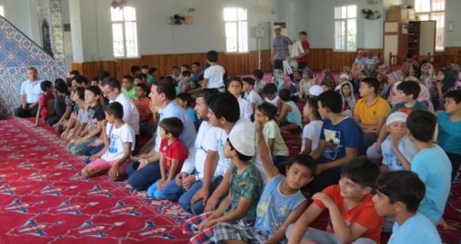 Çukurova'da Cami-Çocuk Buluşmasına Büyük İlgi