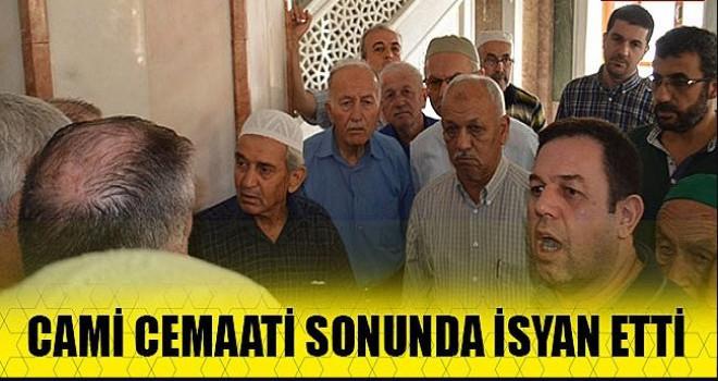 Ulu Cami'de cemaat ayaklandı