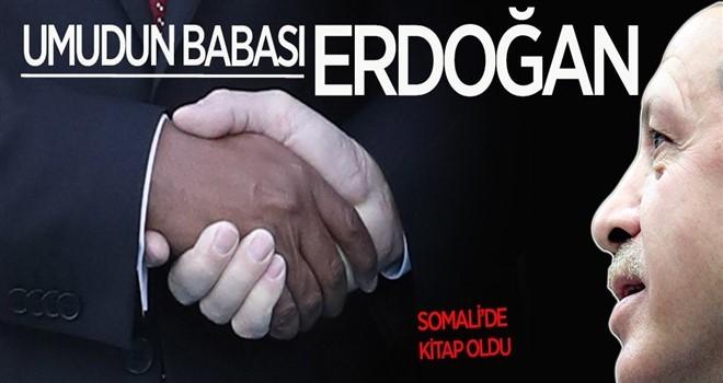 Somalili gençler Cumhurbaşkanı Erdoğan'ın kitabını yazdı
