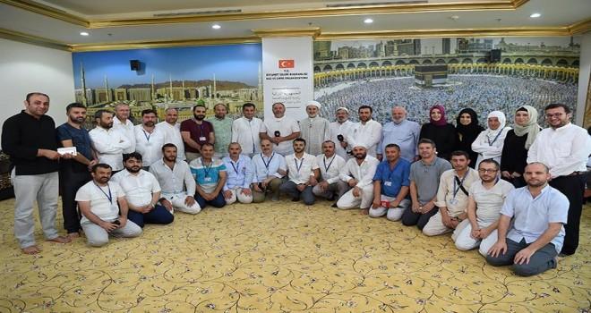 Başkanvekili, Mekke'de basın mensuplarıyla bir araya geldi…