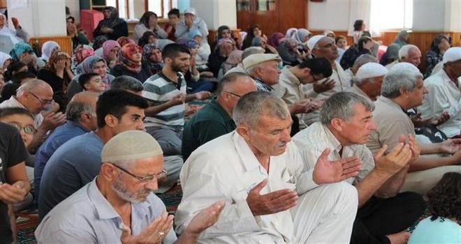 Osmaniye'den Hacı Adayları Dualarla Uğurladı