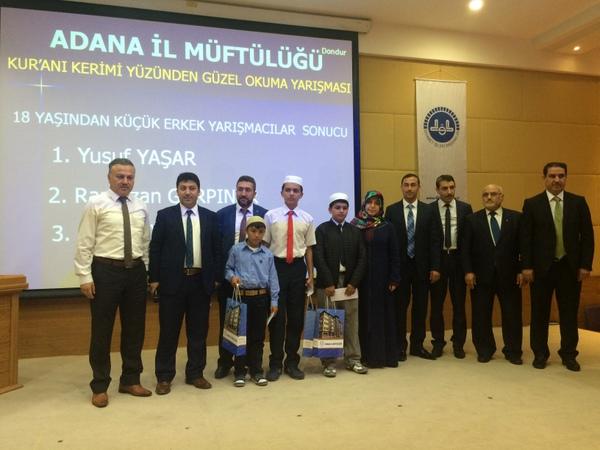 Adana\'da Kur\'an-ı Kerim\'i Yüzünden Güzel Okuma Yarışması