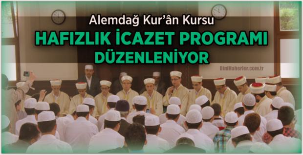 Alemdağ Kur'ân Kursu hafızlarını mezun ediyor.