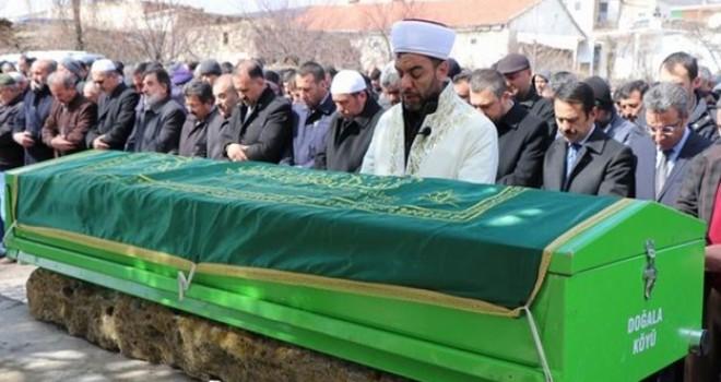 En zor görev! Köy imamı oğlunun cenaze namazını kıldırdı
