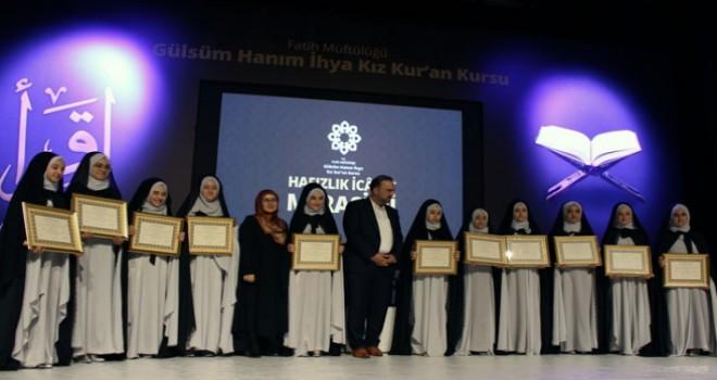 İstanbul'da 30 hafız icazet aldı