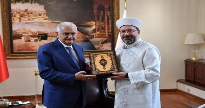 Başbakan Yıldırım'dan Diyanet'e veda ziyareti