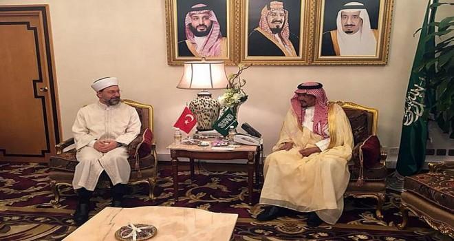 Diyanet İşleri Başkanı Erbaş, Suudi Arabistan Hac ve Umre Bakanını ziyaret etti