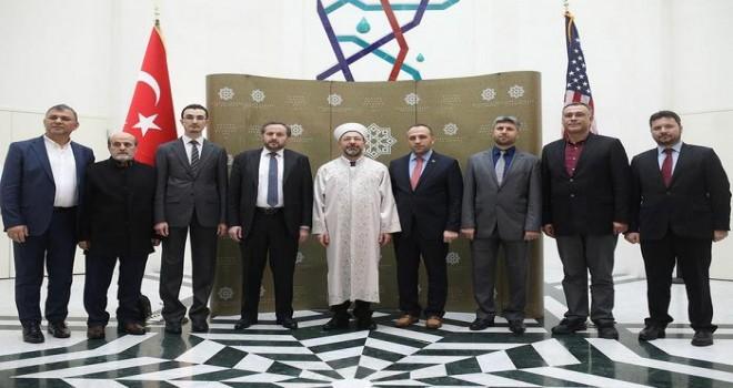 Erbaş ABD'de Türk gazetecilerle ile bir araya geldi.