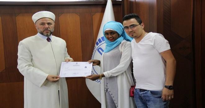 Redeat Girma Müslüman Oldu ve Rabia İsmini Aldı