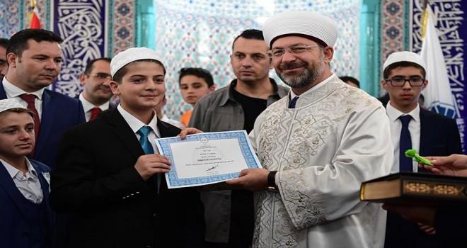 Diyanet İşleri Başkanı Erbaş, 'Hafızlık Yarışması Türkiye Finali'ne katıldı...