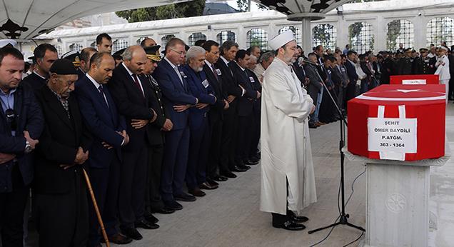 Diyanet İşleri Başkanı Görmez, Şemdinli şehitlerinin cenaze törenine katıldı