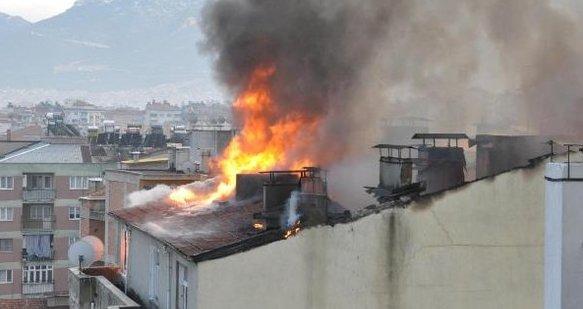 Diyanet Vakfı lojmanında korkutan yangın
