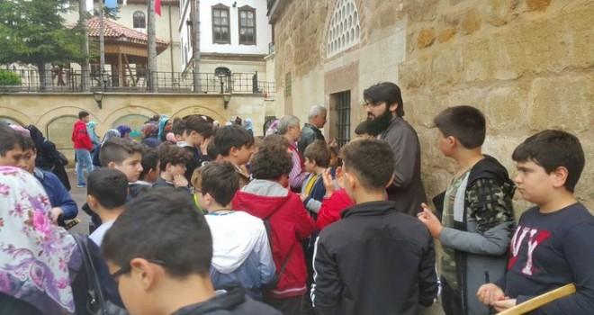 İl Müftülüğü'nden Öğrencilere Kültür Gezisi