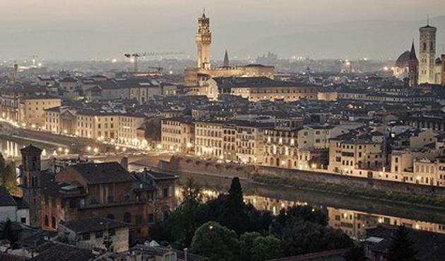 Floransa\'ya büyük cami
