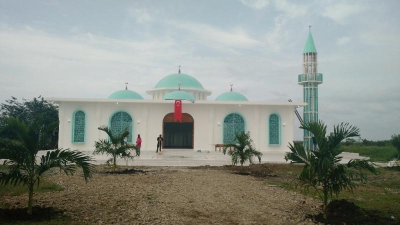 Haiti\'nin ilk minareli camisi ibadete açıldı