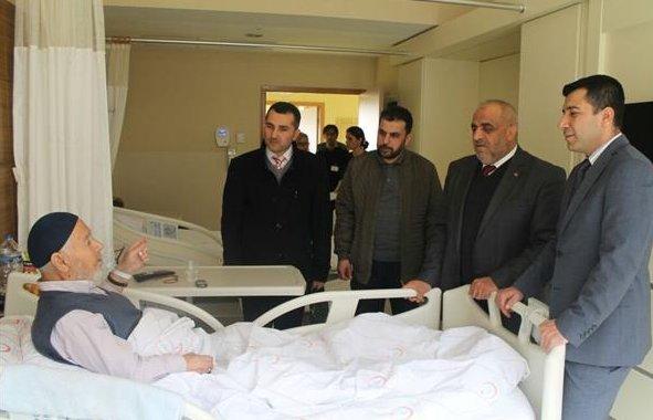 Hastalara Manevi Destek Ziyaretleri Devam Ediyor