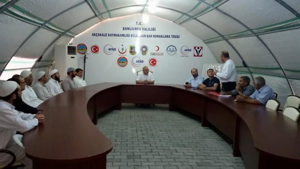 Prof.Dr.Yavuz Ünal, Çadırkentleri ziyaret etti