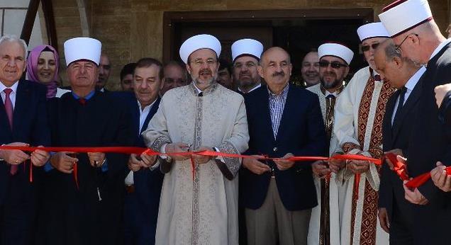 Rabia Kadıoğlu Camii dualarla ibadette açıldı...
