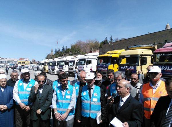 'Şimdi Yaraları Sarma Zamanı' kapsamında Niğde'den 45 TIR yardım