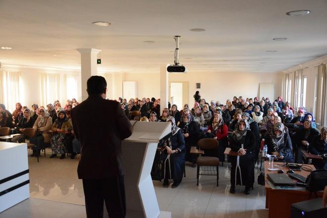 Sinop Aile ve Dini Rehberlik Bürosundan Hanımlara Özel Konferans