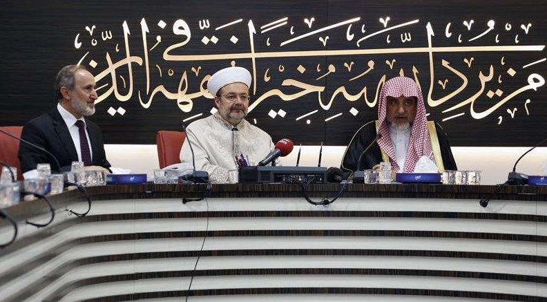 Suudi Bakan Abdülaziz, Din İşleri Yüksek Kurulunu ziyaret etti…