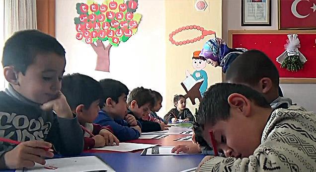 Yüksekova'da Minik Kalpler ile din eğitimi