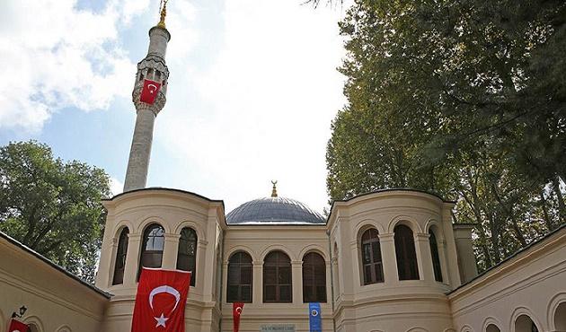 Küçük Mecidiye Camii yeniden ibadete açıldı