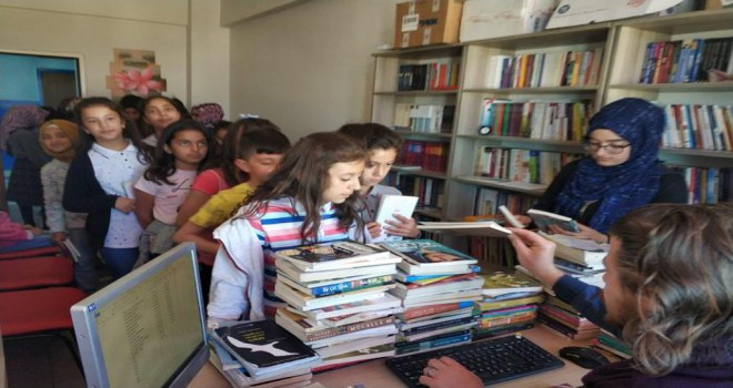 Ülkemizin Okuyan, Sorgulayan Gençlere İhtiyacı Var