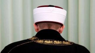 "Fransa'dan skandal ""imam"" kararı"