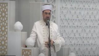 Cuma namazı, Ahmet Hamdi Akseki Camii'nde kılındı