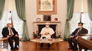 Başkan Erbaş'tan Dekan Muslu'ya hayırlı olsun
