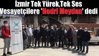 İzmir Tüm İlçeleriyle Vesayetçilere 'Hodri Meydan' dedi