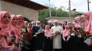 Başkanı Erbaş, Mamuşa Kasabası'nı ziyaret etti