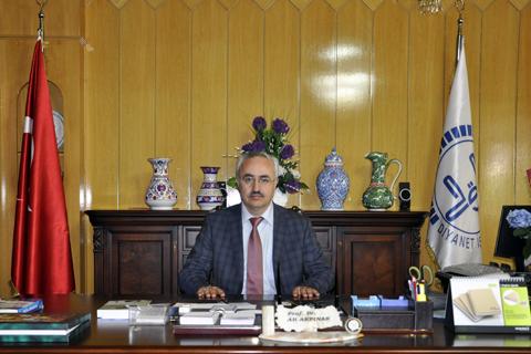 Prof. Dr. Ali AKPINAR'ı Tanıyalım