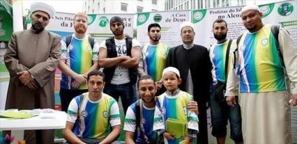 Dünya Kupası'na geldiler Müslüman oldular