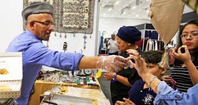Cape Town'da 'Ramazan Fuarı'na yoğun ilgi