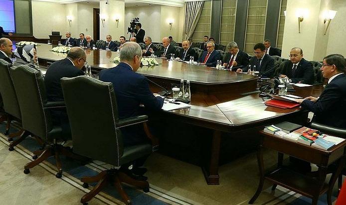 HDP'li bakanlar hükümetten istifa etti