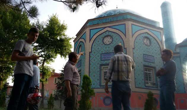 Kütahya Çinili Camii ihtişamlı günlerine hasret!