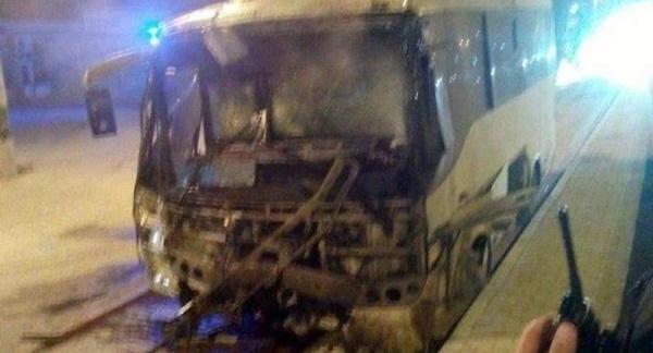 Mardin'de çevik kuvvet aracına saldırı: 24 yaralı