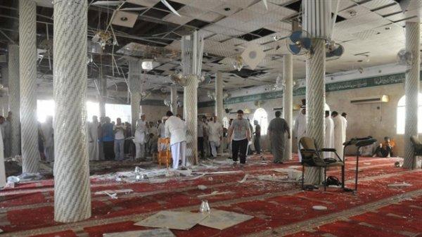 DAEŞ'ten camilere bombalı saldırı