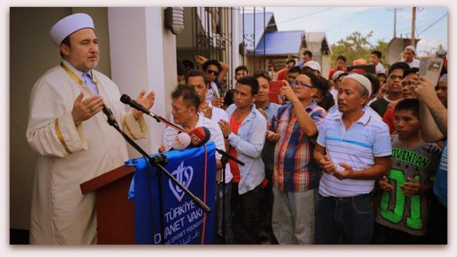 Diyanet'in yaptırdığı Filipinler Tacloban Camii ve İslam Merkezi açıldı…