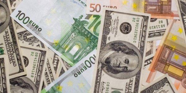 Dolar ve Euro'da tüm zamanların rekoru kırıldı!