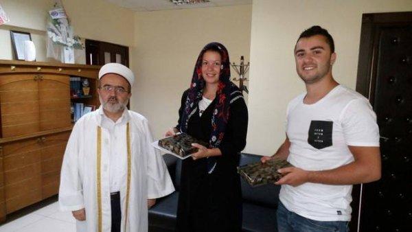 Hollandalı Ginny Müslüman oldu