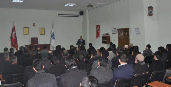 Iğdır'da Din Gönüllülerine 'Camiler ve Din Görevlileri Haftası'nda Konferans