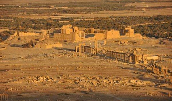 IŞİD Tedmür'deki türbeleri bombaladı