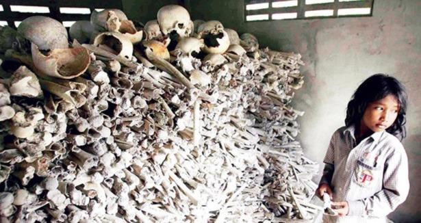 Kızıl Kmerler\'in Müslümanlara zulmü mahkemede