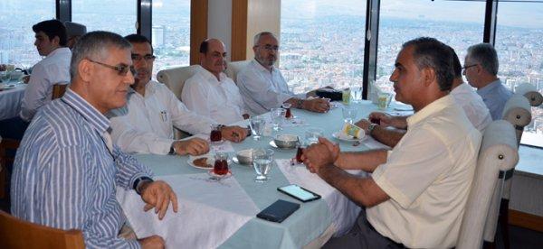 Konya'da Hatimle namaz kıldıran Görevliler Yemek'te Buluştu