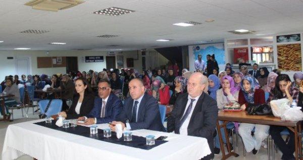 Kredi Yurtlar Kurumu Yurdunda Değerler Eğitimi Konferansı verildi